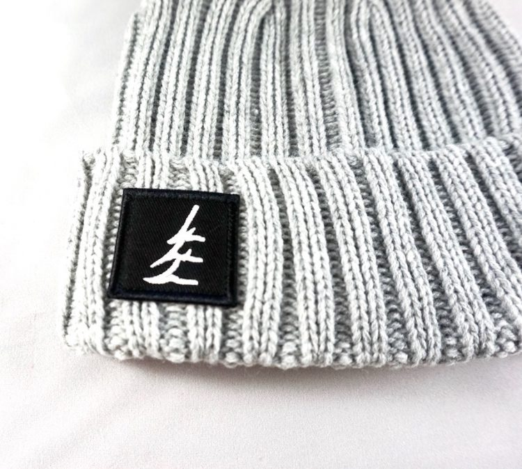 ZOOMED FINAL GREY BEANIE 1